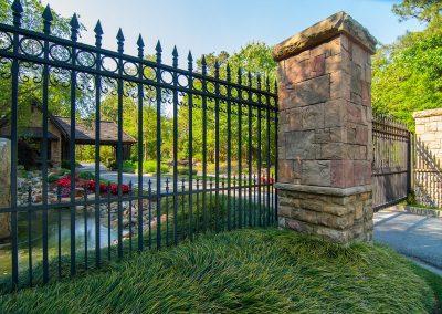 gate-front-left